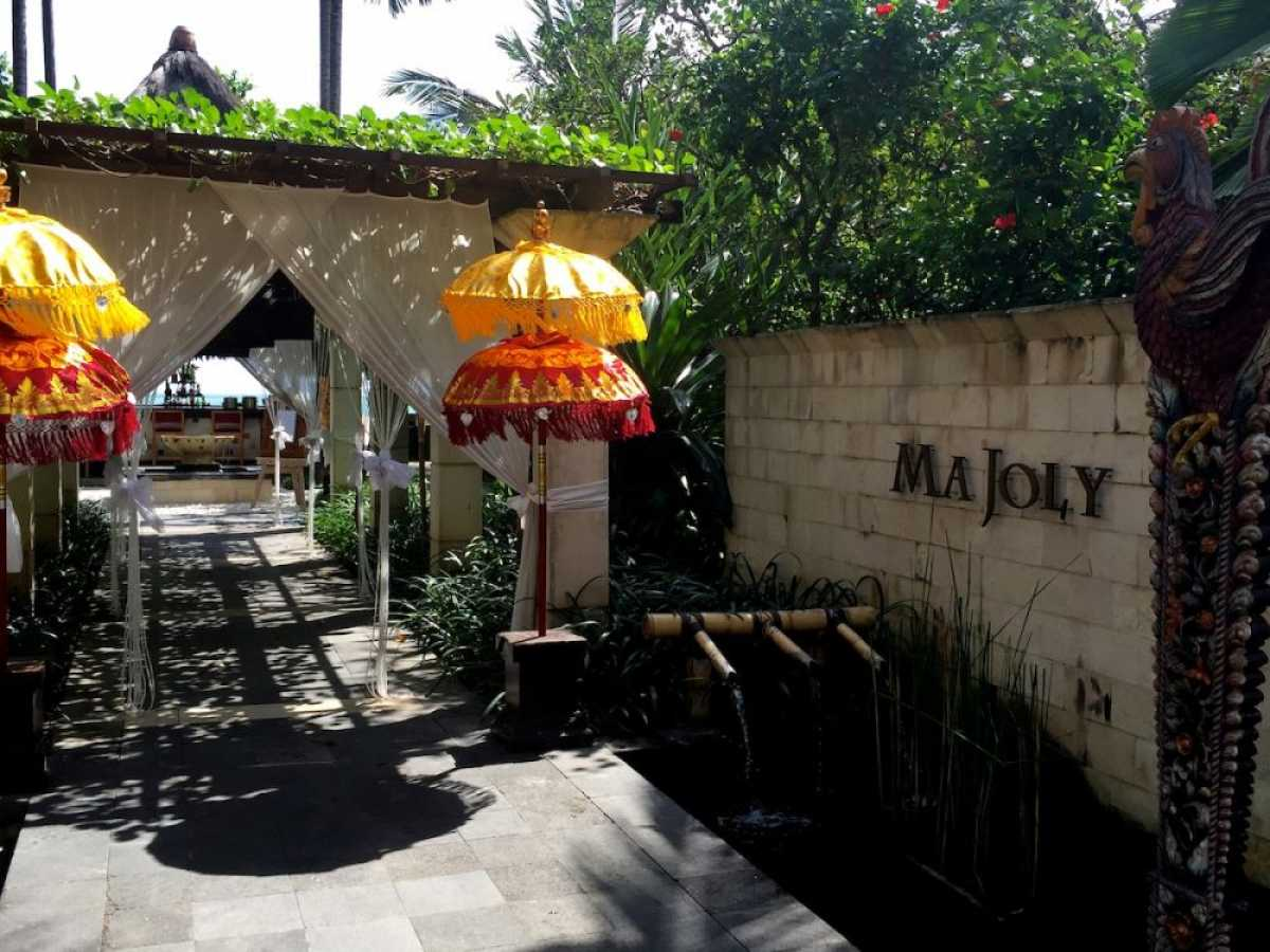 Ma Joly, a Romantic Gourmet Nook in Kuta, Bali - Omar ...
